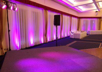 Deejay na luxusnú svadbu, dekoračné osvetlenie