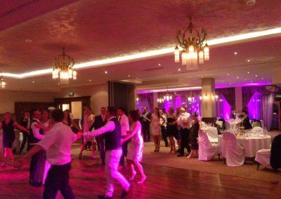DJ na medzinárodnej svadbe, prvý mladomanželský tanec
